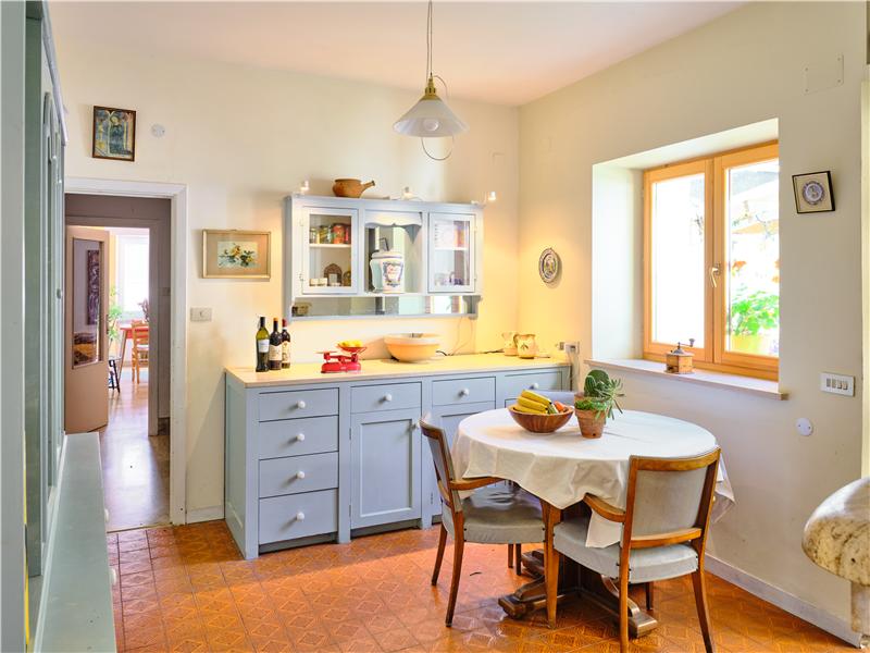 Ground floor Dining Kitchen (2)