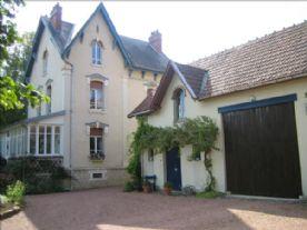 property in Saint Loup Géanges