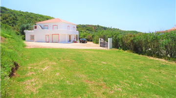 property in Bensafrim