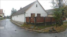 property in Szigetmonostor