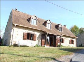 property in Le Chalard