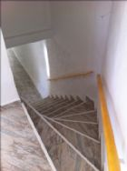 stairs to downstairs