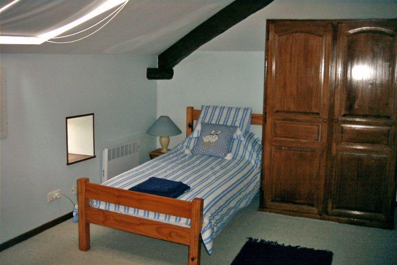 Bedroom 2 Apartment