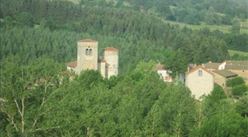 property in Auzelles