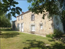 property in Foussais Payre