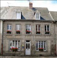 property in Chénérailles