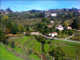 Tormes village above Aregos