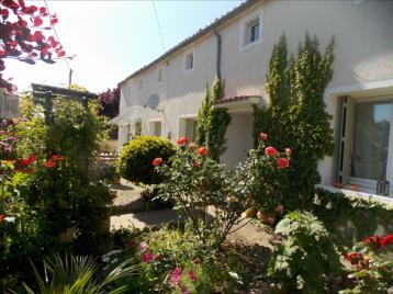 property in Longre