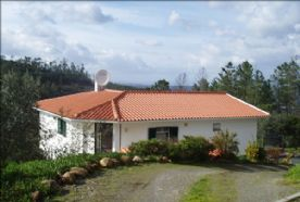 property in Alqueve