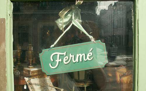 French shops and business opening hours