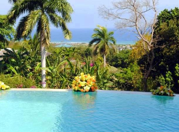 Mansion in Montego Bay Jamaica for Sale