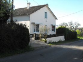 property in Le Bouchage