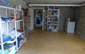 Basement has further four rooms for laundry, gardening, wine cave, utilities plus two cars.
