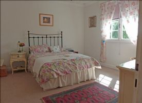 Ground floor master bedroom and master bath - just repainted ivory; fitted carpets;