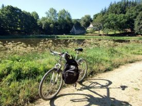 Canal Brest-Nantes on bikes