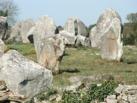 Stones alignments