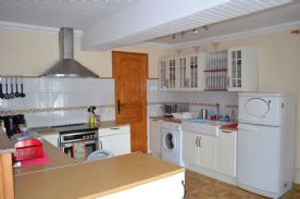 Kitchen area of combined lounge/diner/kitchen