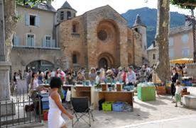Le Vigan market