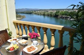 property in Mora De Ebro