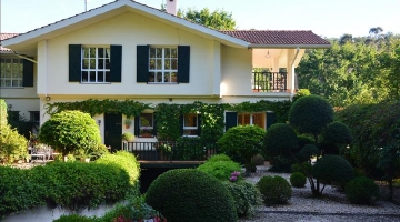 property in Mungia