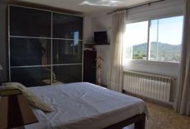Master bedroom (queen size bed)