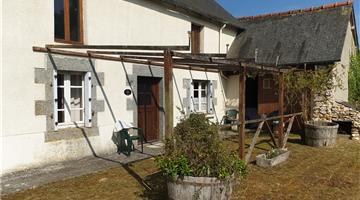 property in Ménéac
