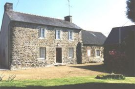 property in Pontrieux